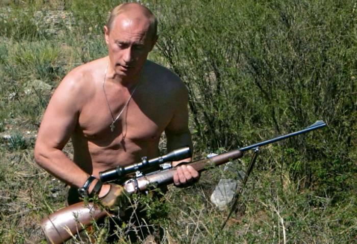 с оружием Путин